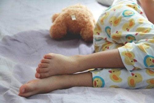Sängvätning hos barn: Vad du behöver veta