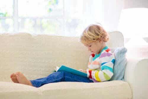 Hjälp barn med inlärningssvårigheter att förstå vad de läser