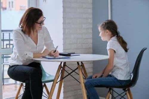 Hjälp barn att normalisera psykologisk hjälp