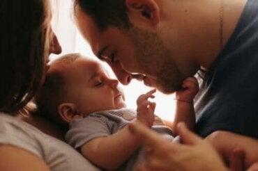 5 sätt att skapa ett band med din bebis
