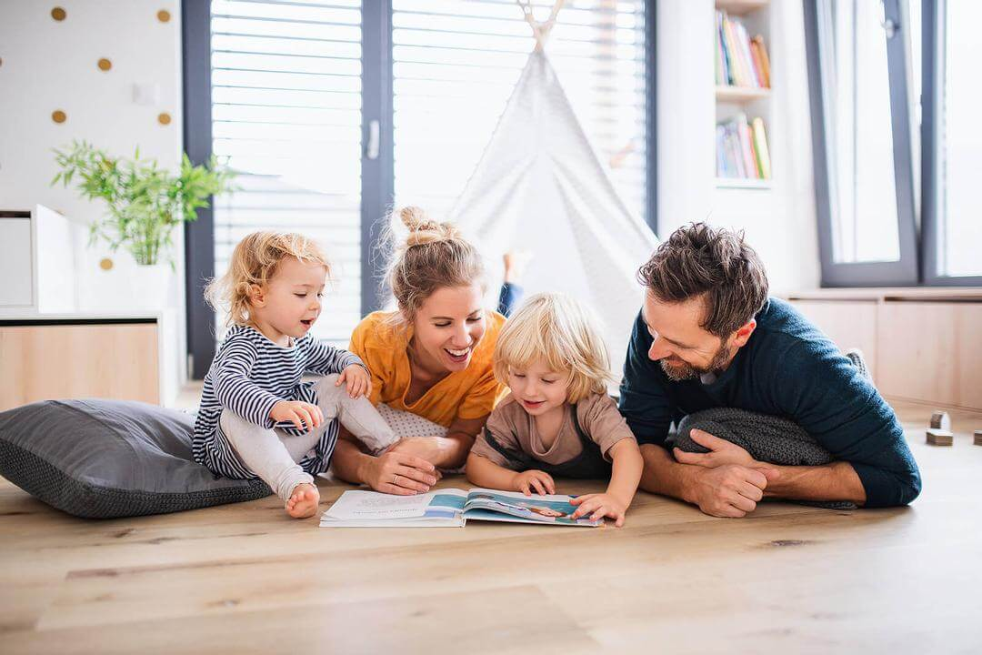 familj främjar språklig kreativitet