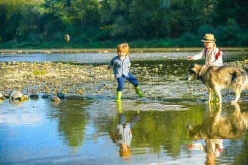 Betydelsen av fri lek för små barn