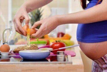 Näringsintag för gravida kvinnor: Riktlinjer