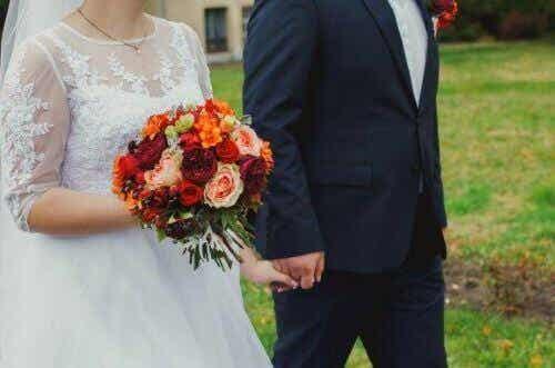 Varför bruden bär vitt på sin bröllopsdag