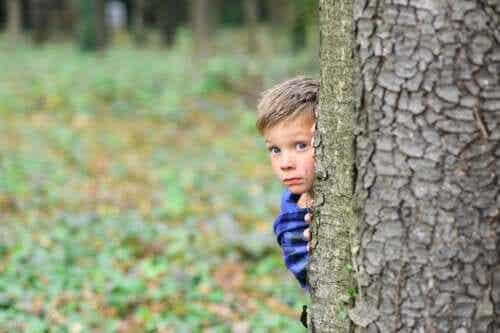 Förstå dina barns rädslor - undvik att vara överbeskyddande