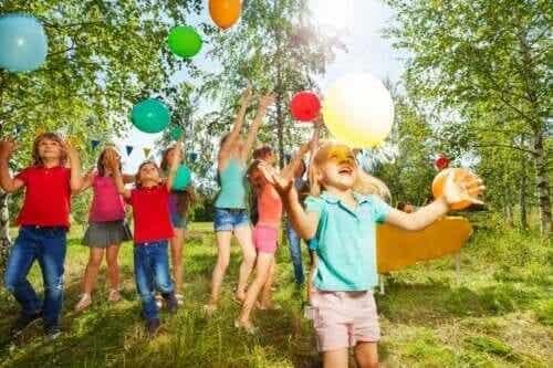 4 utomhuslekar som livar upp barnkalasen
