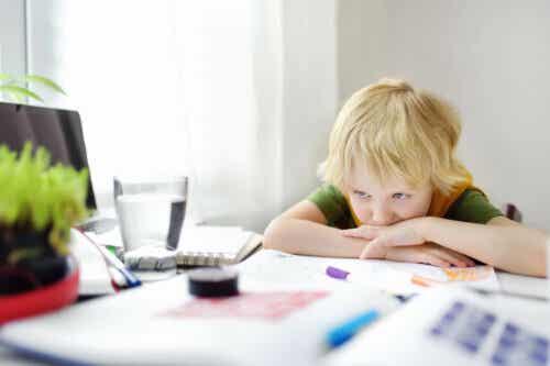 barns klagande vid läxläsning