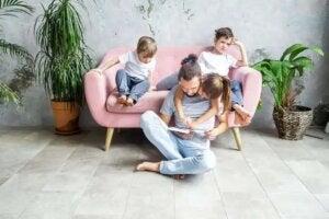 Högläsning med barnen ökar deras ordförråd