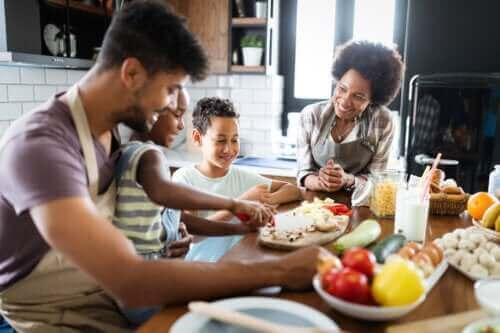 Hur man planerar en hälsosam familjemeny