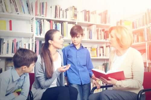 Hur man bygger ett lag mellan familj och skola