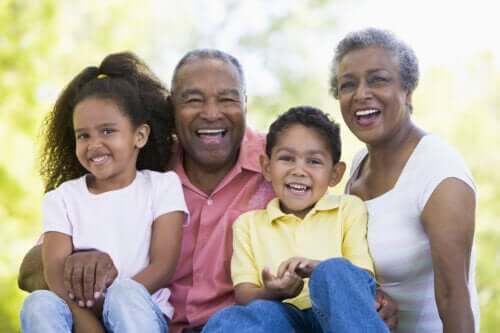 Vikten av att lära dina barn respektera äldre människor