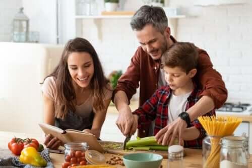 Stödjande föräldrar och tillåtande föräldrar, vad är skillnaden?