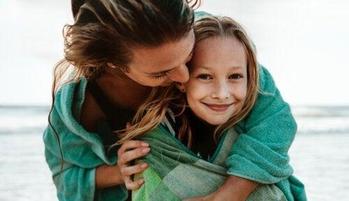Varför är bandet mellan mor och dotter så starkt?